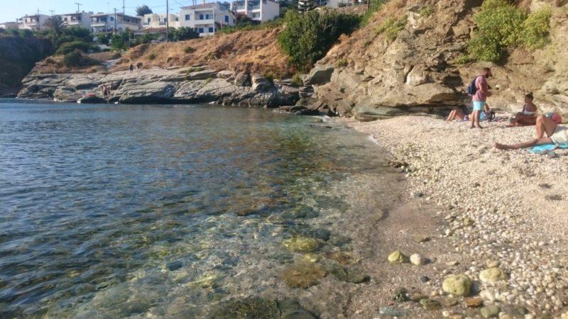 Andros Batsi Stivari Plajı