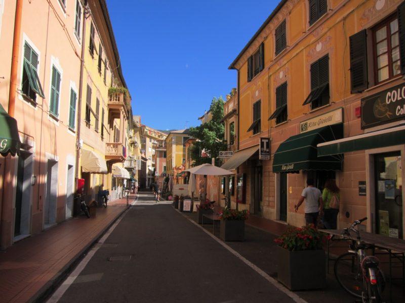 Levanto şehir içi