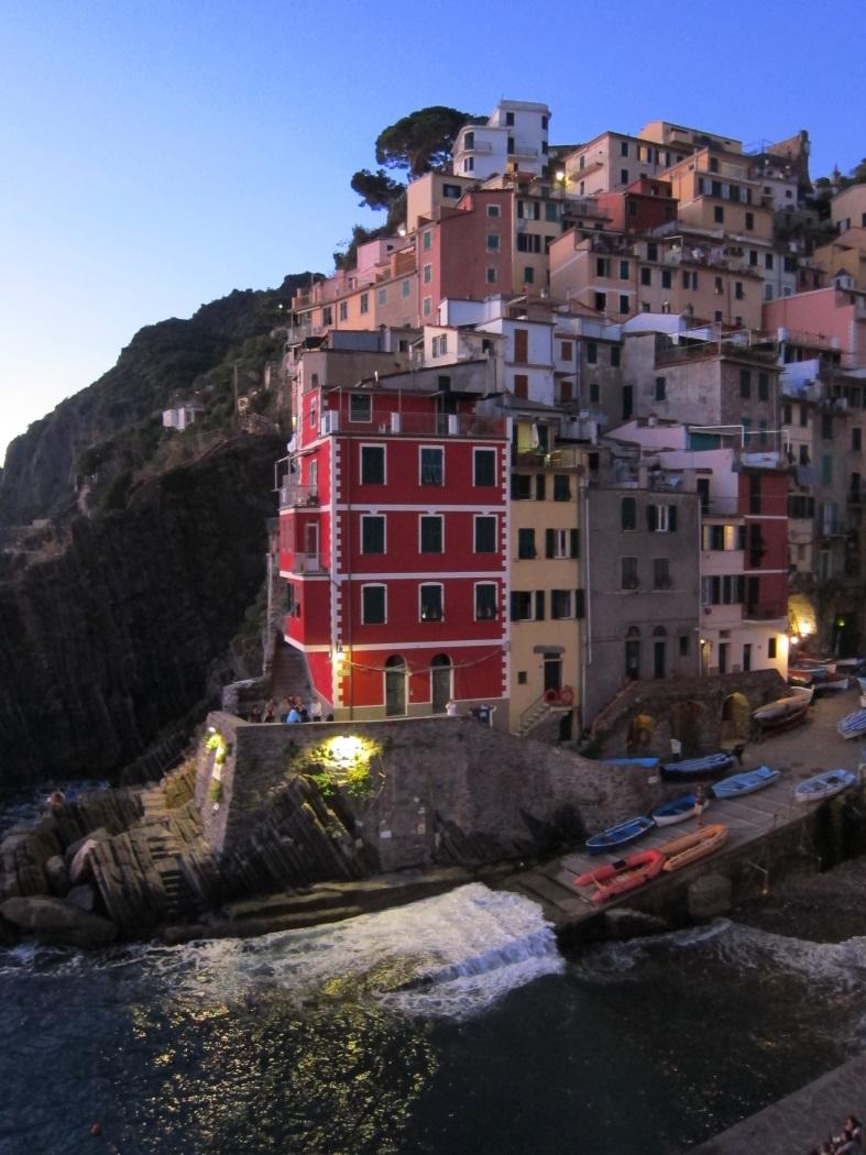 Cinqueterre Riomaggiore turistler