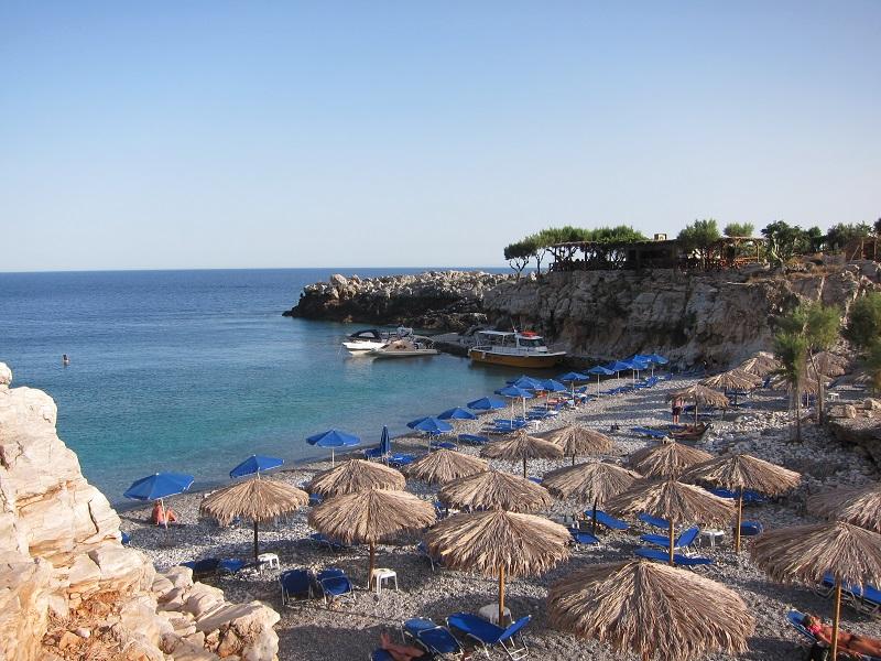Marmara plajı ve mükemmel tavernası gün batımında