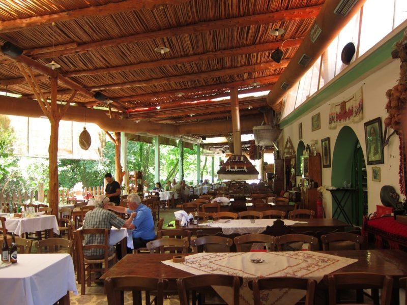 Dromos Taverna (Patsos Girit)