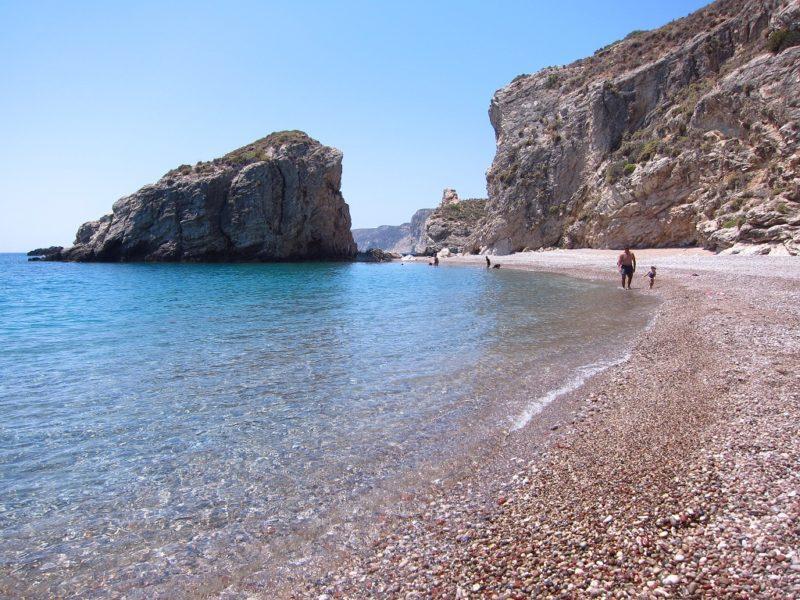 Kythira Kaladi çakıl taşlı plaj