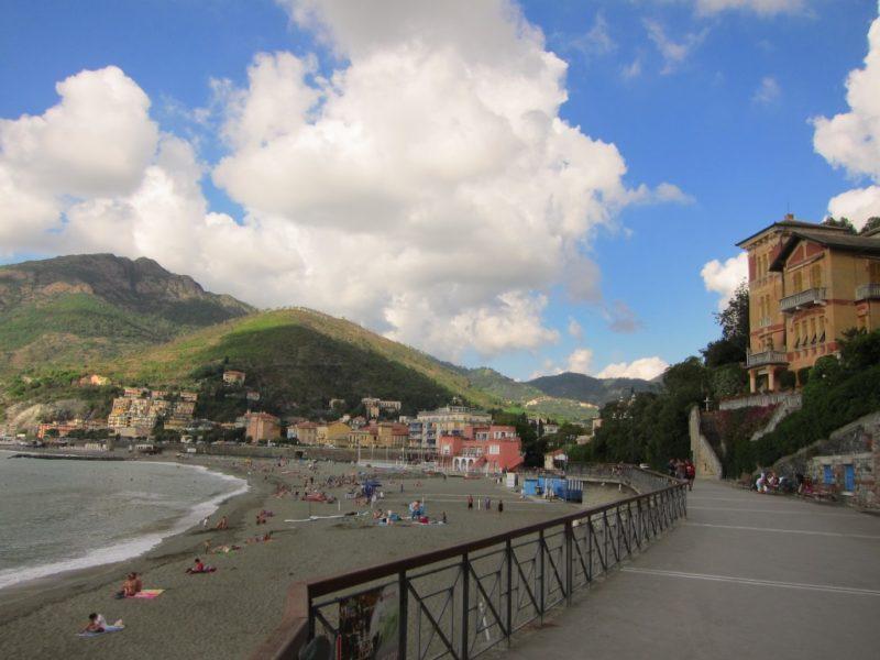Levanto-Monterosso yolu gırıs