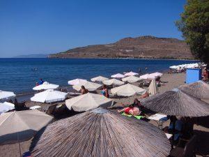 Midilli adası petra plaj