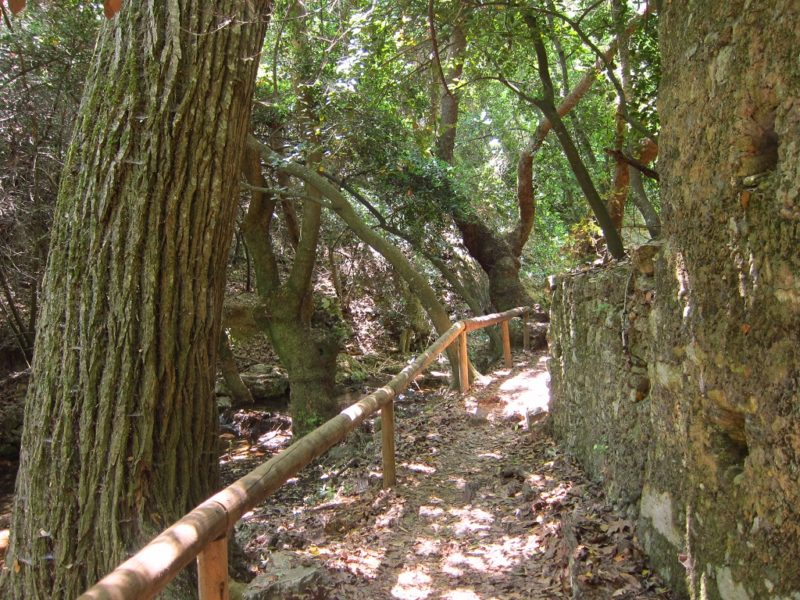 Kythira adası Mylopotamos yürüyüş