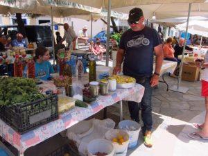 Potamos Kythira pazar yeri