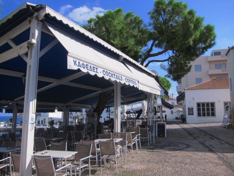 Spetses meydan kafeteryalar