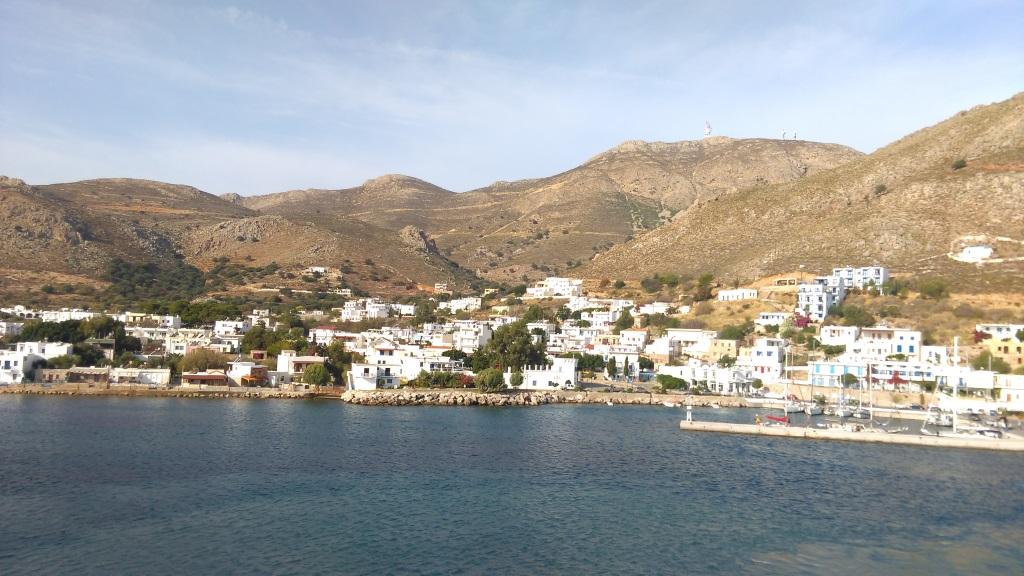 Tilos Livadia liman görünümü