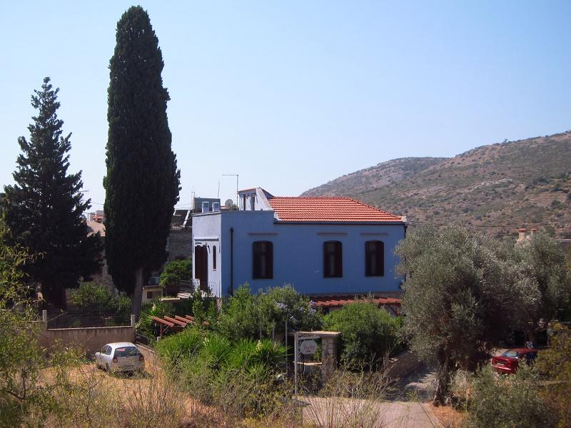 Traditional House Ianthe Vessa Sakiz Adasi