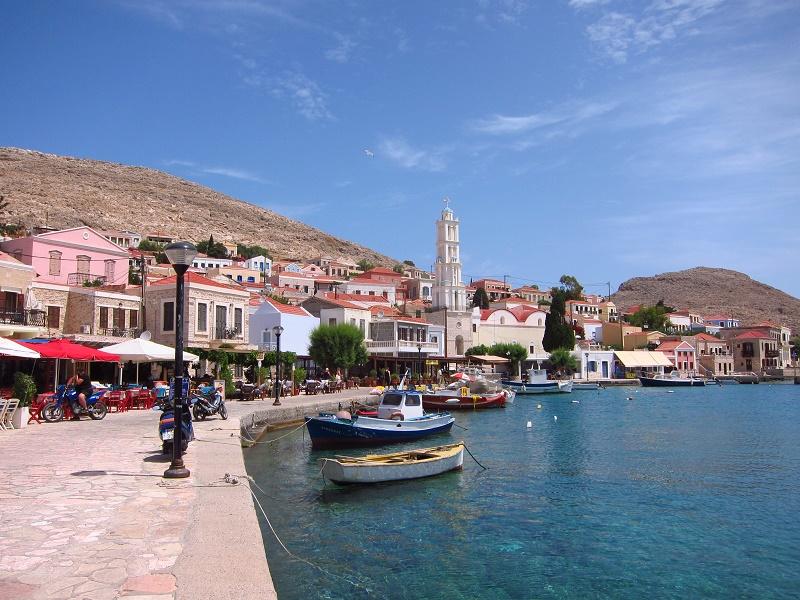 Chalki Emborio liman içi