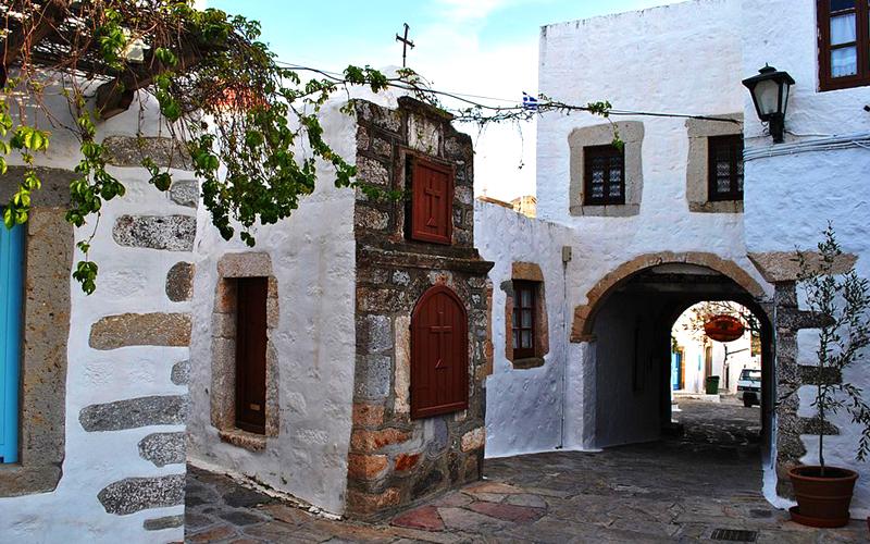 Patmos adası sokaklar