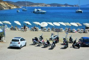 Patmos Agriolivadi plajı