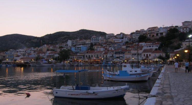 Pythagorion limandan günbatımı