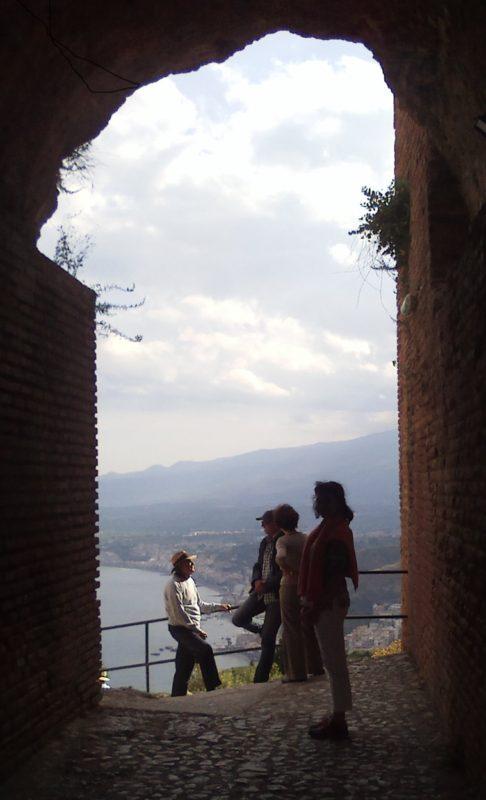 Taormina anfitiyatro çıkış